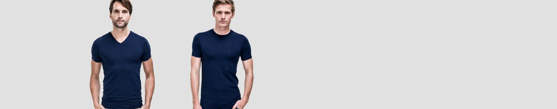 Blaue T-Shirts